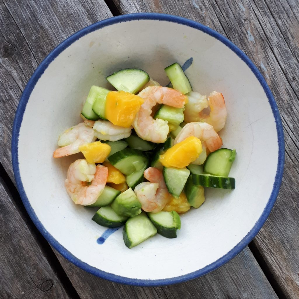 mango-shrimp-salad